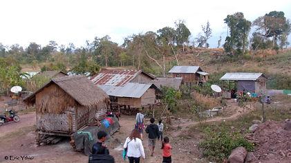 sourires des rizières, laos-humanitaire-aide-enfants-éducation-agriculture-don-ong, Eric Ythier