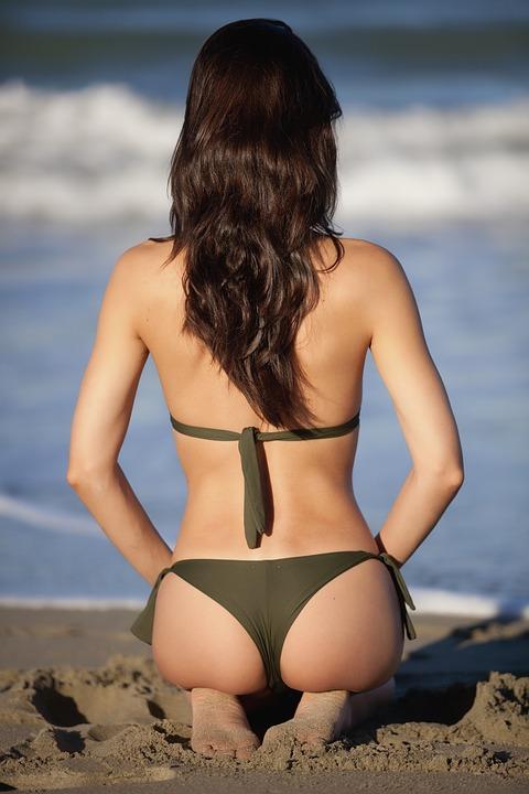Empieza la operación bikini