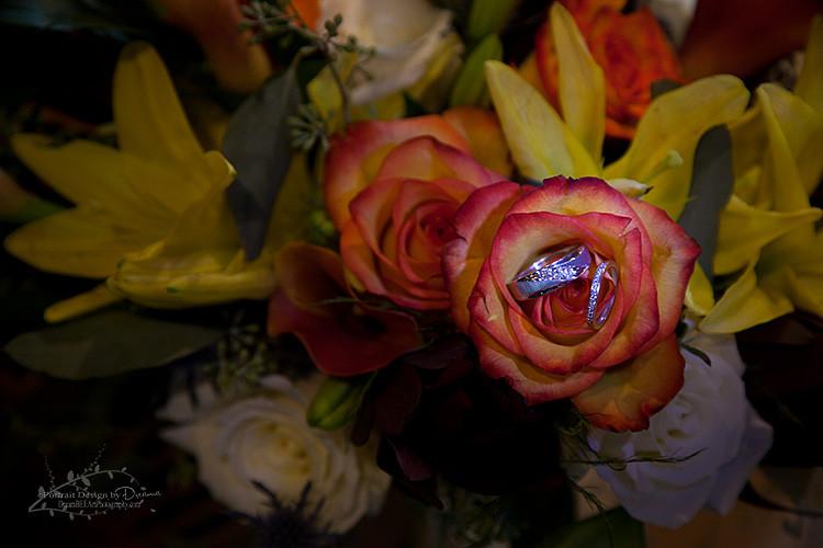Wedding ring Photography | Wedding flowers