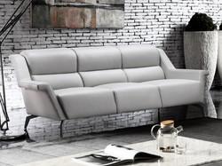 Kaato Sofa