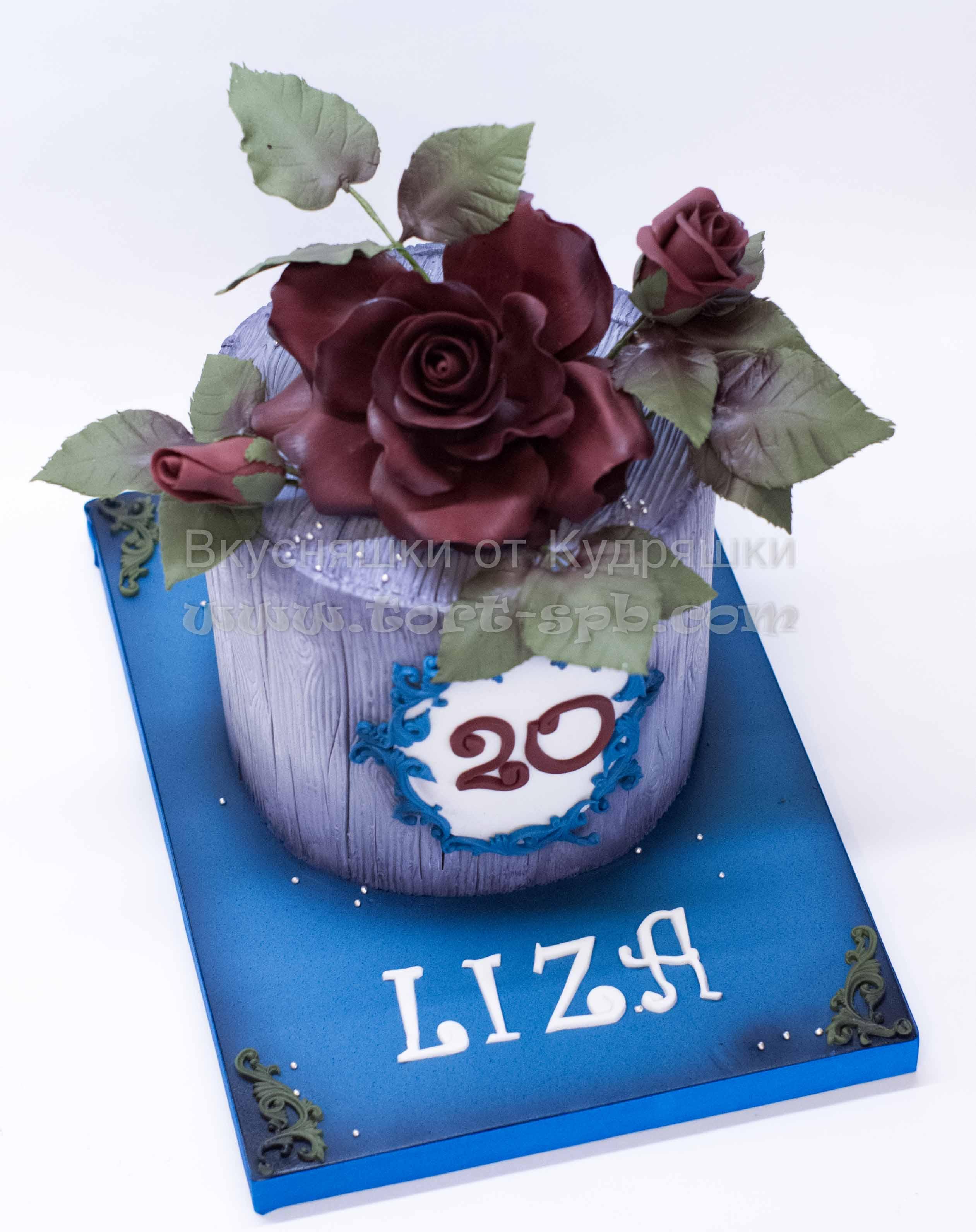 Торт с сахарной розой