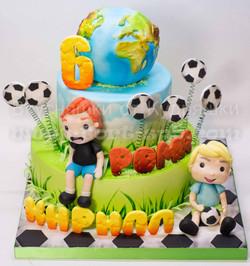 Торт футболисту. Торт с глобусом