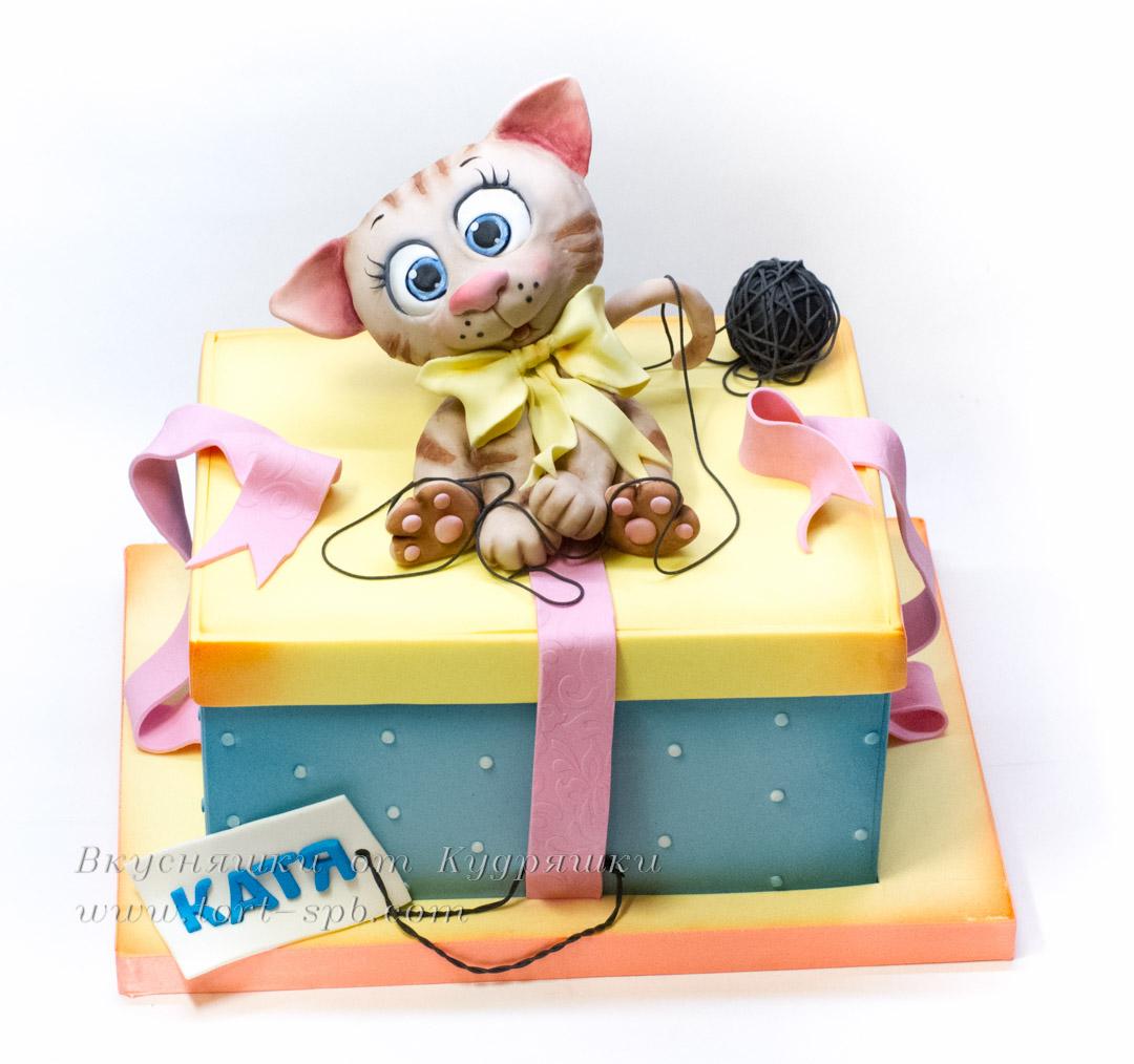 Торт с котенком