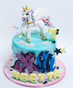 торт пони