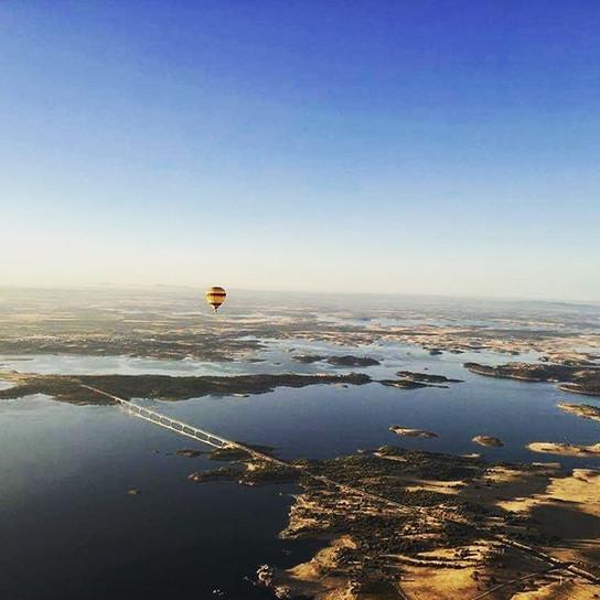 Passeios de balão sobre Alqueva - Monsa