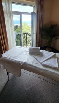 massage lausanne épilation alpha palmier_edited.jpg