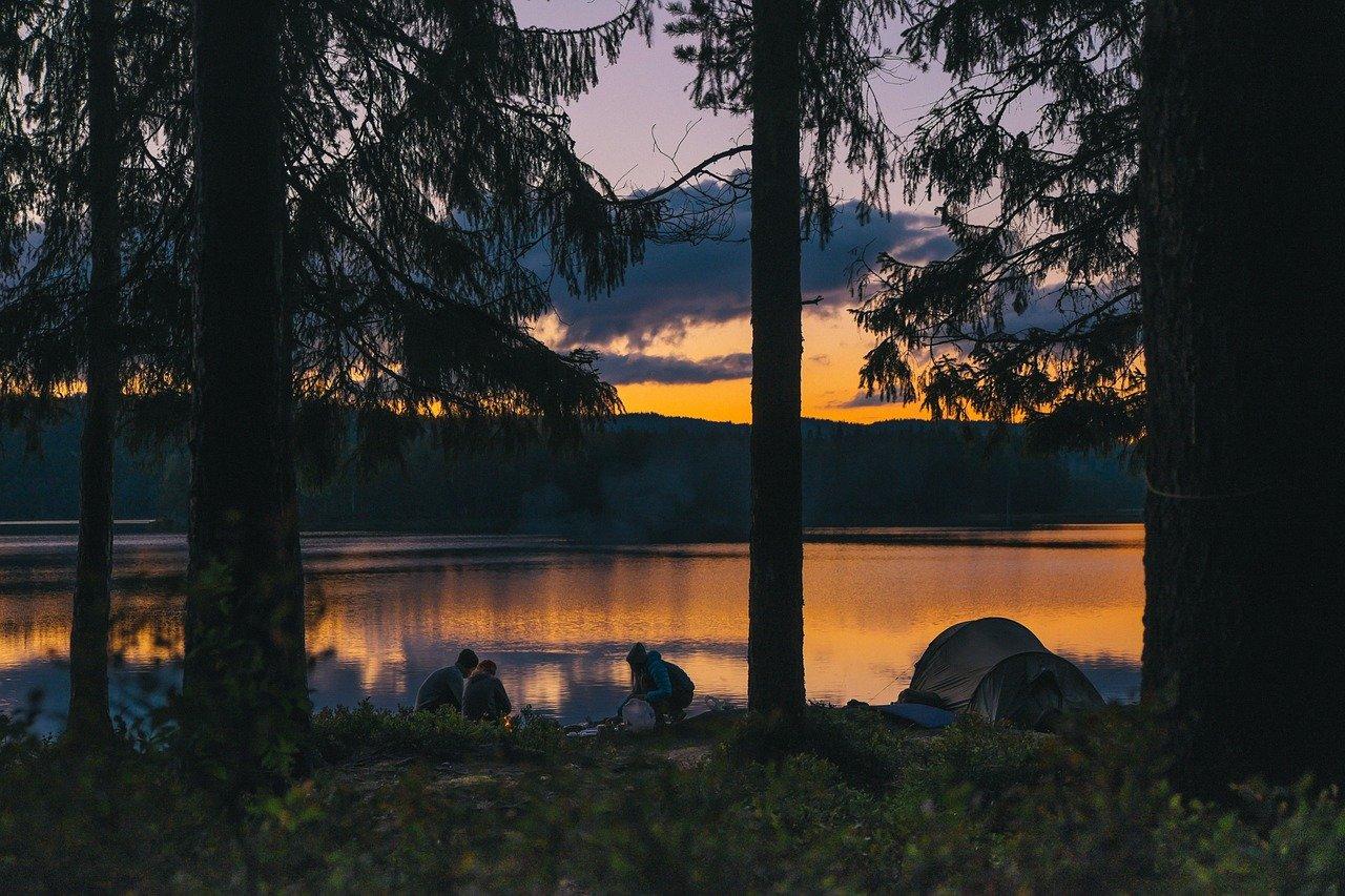 camping-984038_1280