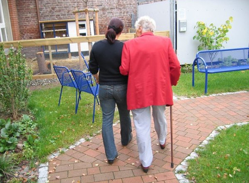 How Often Should You Visit a Family Member In A Personal Care Home?