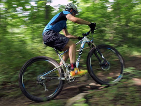 5 Science Hacks to Help You Race Mountain Bikes Faster