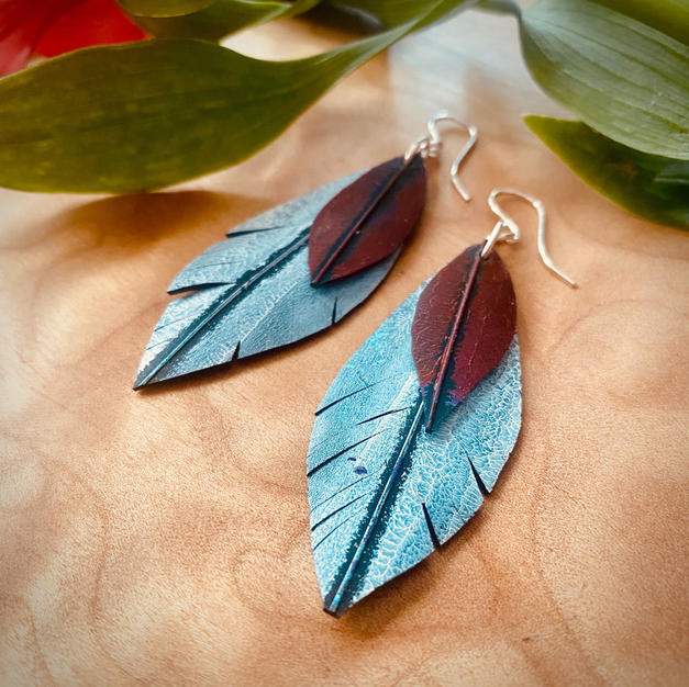 Cardinal double feather drops