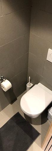 catrina-hostel-room-toilet.JPG