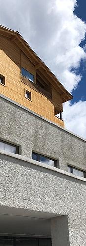 catrina-hostel-ousideview.JPG