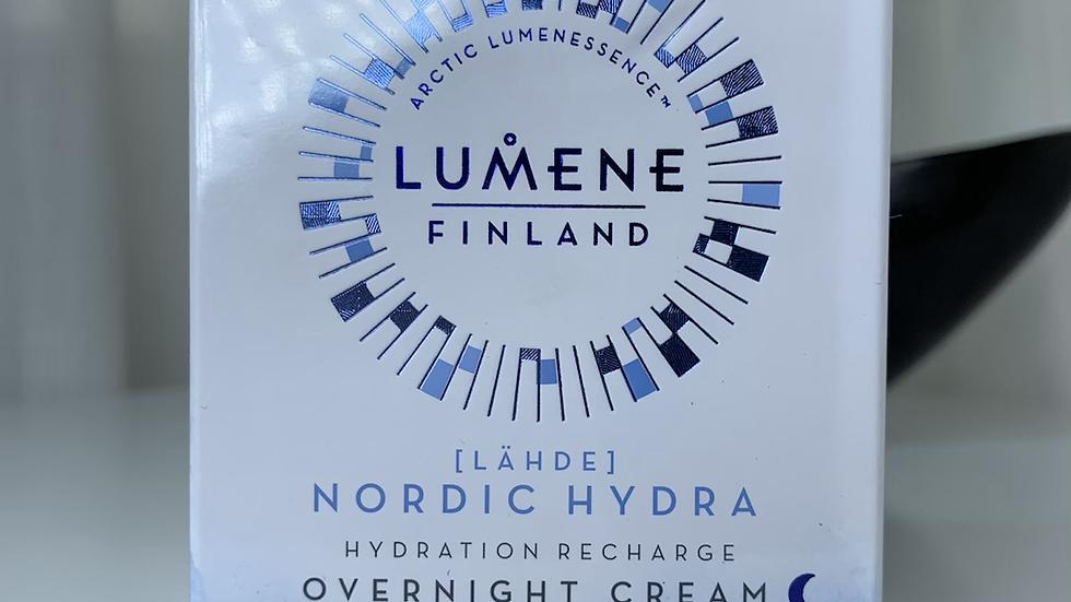Lumene | Vitamina C direto da Finlândia para sua pele