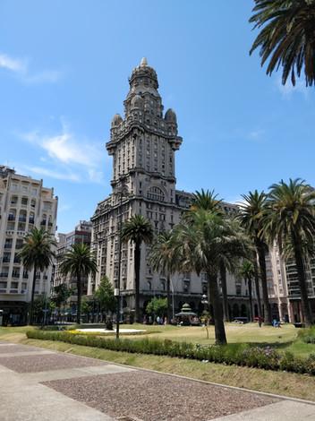 Montevideo_Montevidéu,_Uruguai.jpg