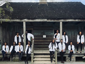 """Medical Students Standing in Front of Slave Quarters: """"We Are Our Ancestors Wildest Dreams!"""""""