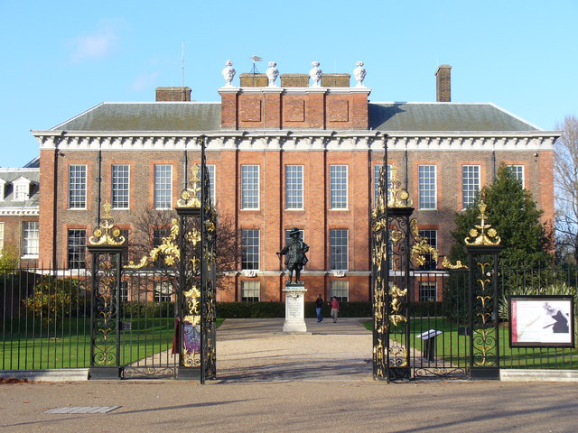 Kensington_Palace,_the_South_Front_-_geograph_org_uk_-_287402