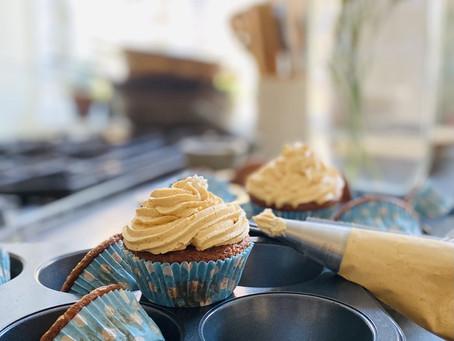 Banaani-maapähkinävoi- muffinssit!