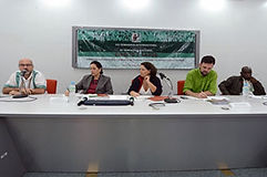 mesa_debate_dhis_centro.jpg