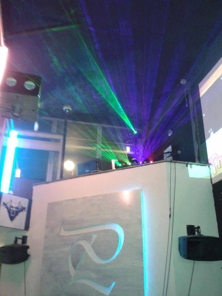 Lasers et machines à fumée