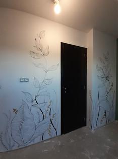 Peinture murale noir et or
