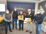 """Empresa """"Rhona"""" donó Focos Proyectores Led para iluminación de Nuestro Edificio Institucional"""