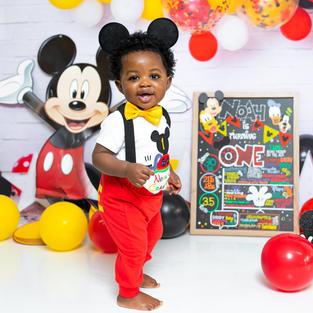 Mickey/Minnie Red & Black