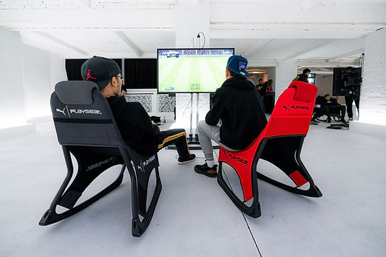 Playseat-PUMA Active-Gaming-Seat-FIFA-1.