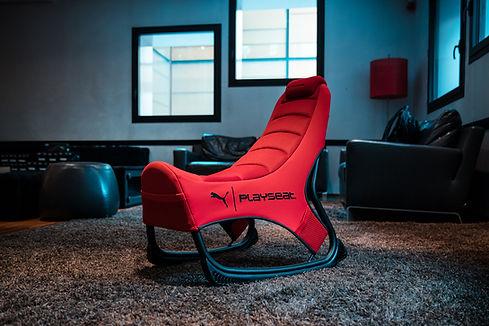 Playseat-PUMA Active-Gaming-Seat-Red-lif