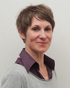 Dörte Siever, Heilpraktikerin für Psychotherapie (HPG)*, analytische Kunst- und Gestaltungstherapeutin, Ergotherapeutin
