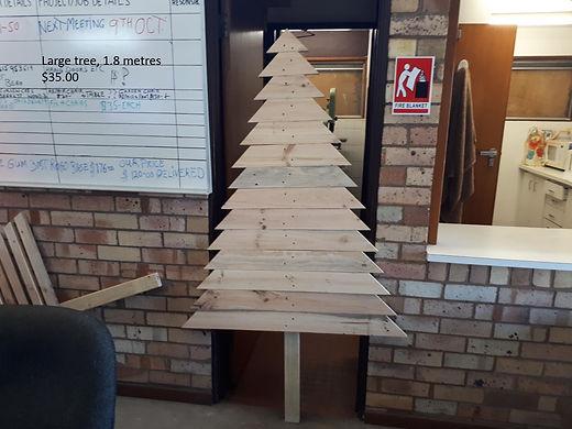 Xmas tree B 1.8 METRES.jpg