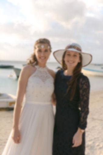Julia und Braut