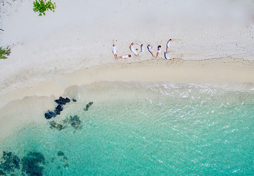 Getting married at Ile aux Cerfs