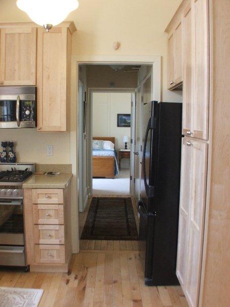 305+kitchen+to+bedroom