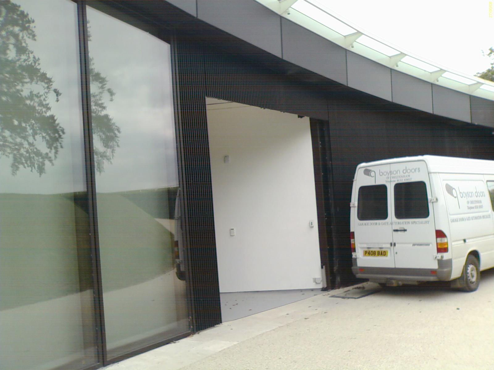 H garage open