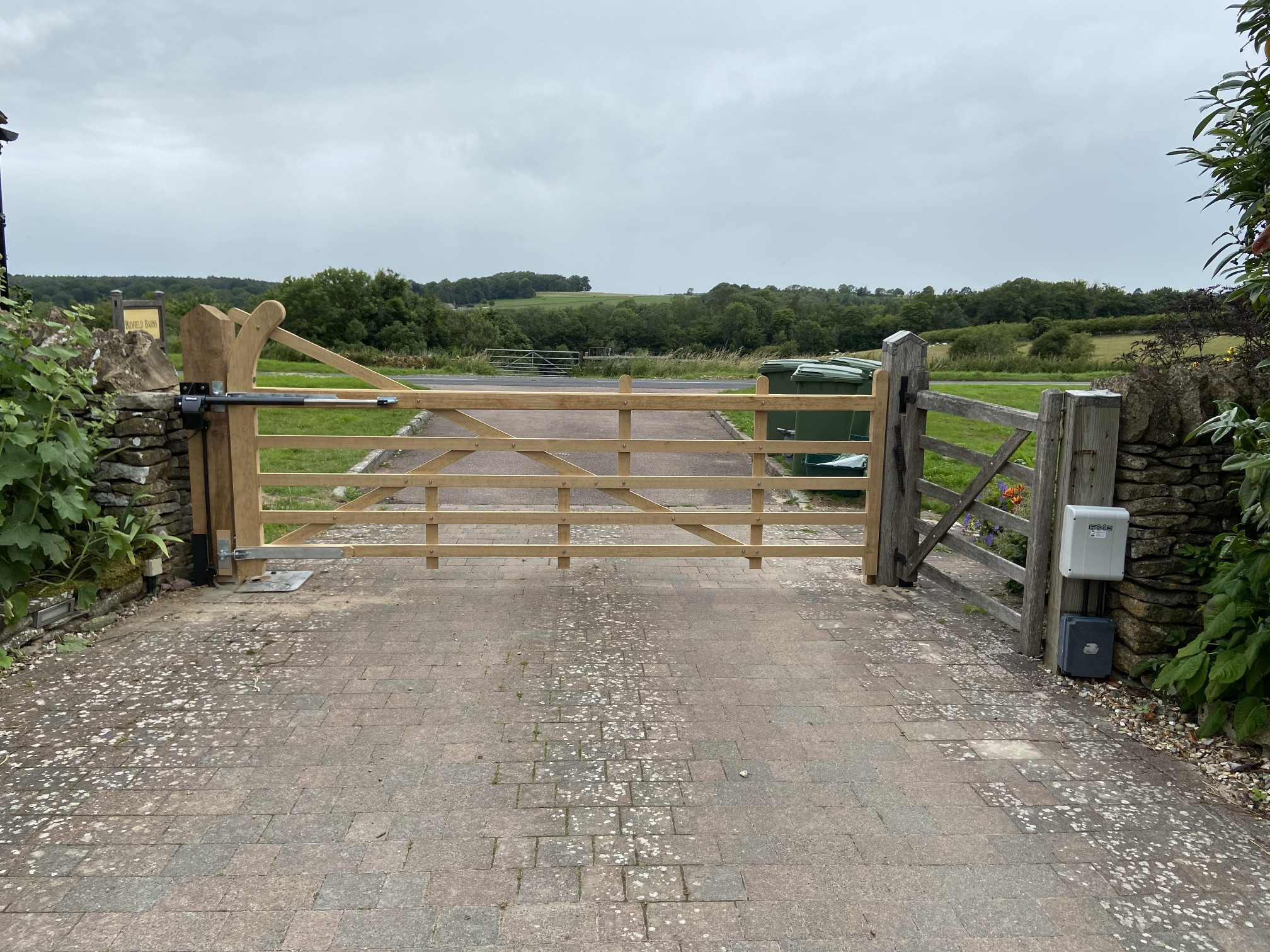 FAAC Bat 424 farm gate