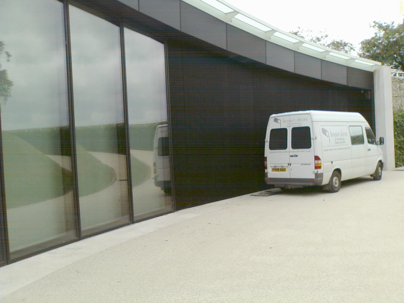 H garage closed