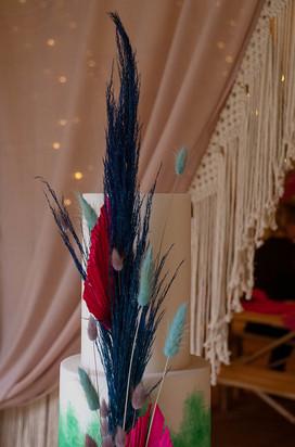 Dried Flowers on Wedding Cake