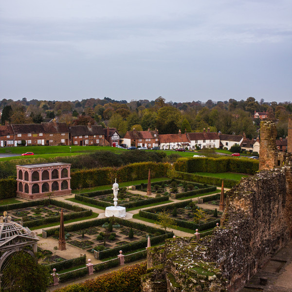 Kenilworth Castle - Elizabethan Gardens