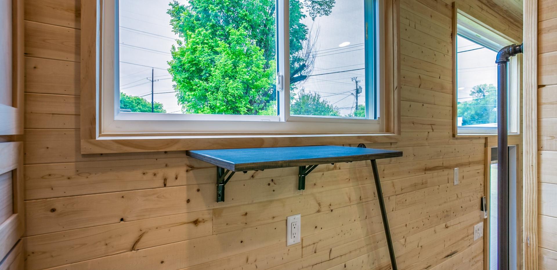 Standard Loft - fold down desk