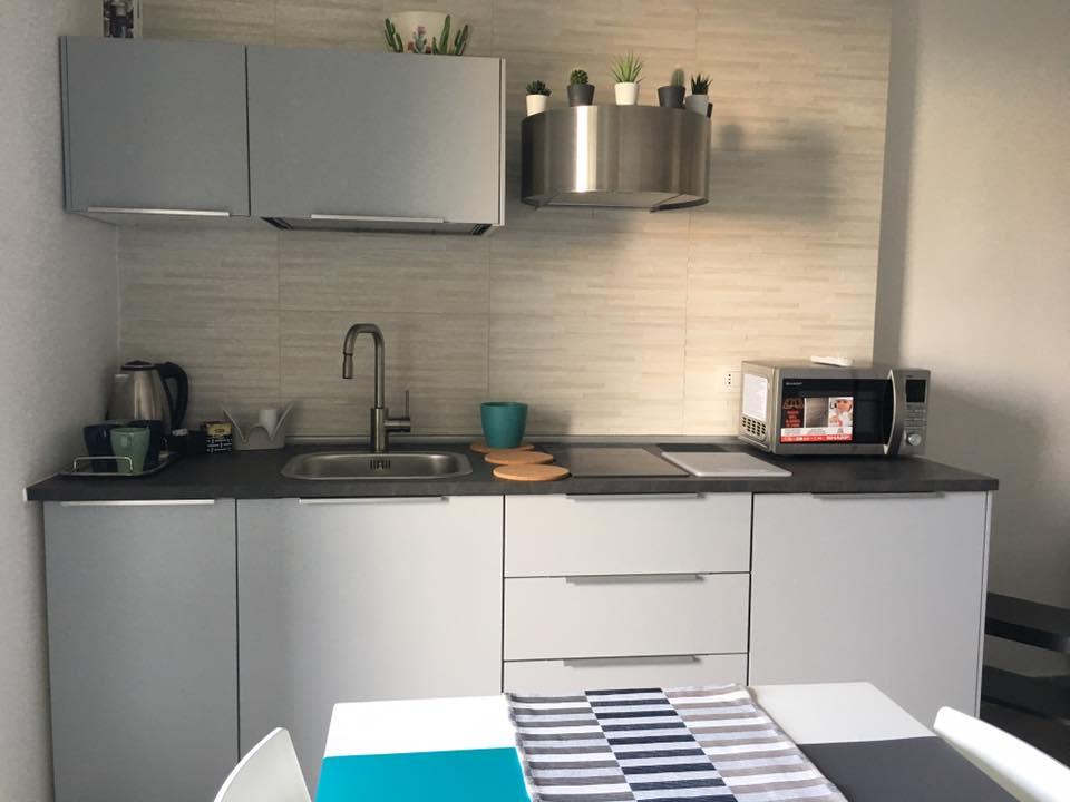 cucina-kitchen-volcano-casa-vacanze-bed-