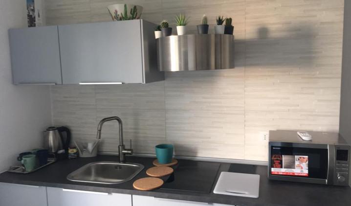 cucina-kitchen-fully furnished-piante-de