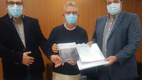 MUNICÍPIO ENTREGA PROJETO DO PROGRAMA PAVIMENTA RS AO SECRETÁRIO BUSATO
