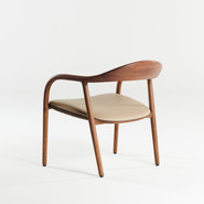 Neva Easy chair, walnut, A03, in leather