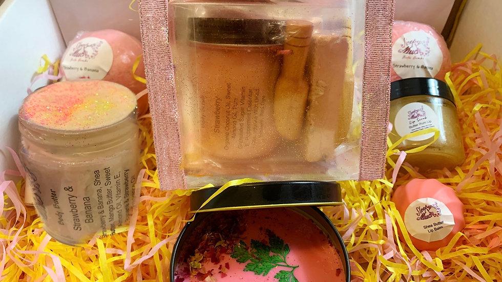Strawberry & Banana Natural Skincare 11 Piece Bath Spa Set