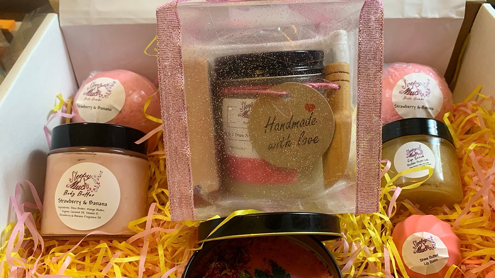 Strawberry Natural Skincare 11 Piece Spa Set