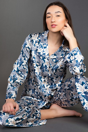 E-commerce loungewear photographer Vancouver BC