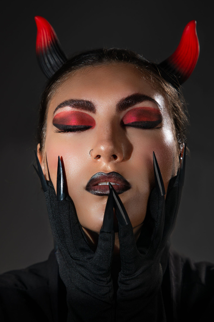 Devil halloween makeup photography