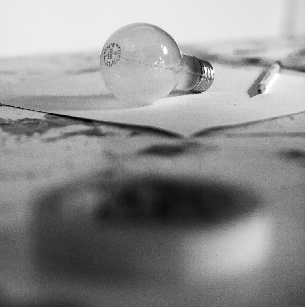 lightbulb, idea image