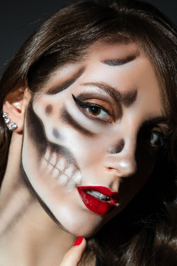 Skeleton - Halloween makeup photography