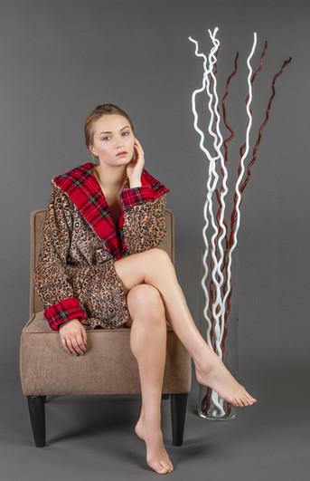 loungewear-christmas-leopard-bathrobe-wo